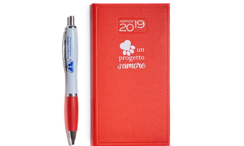 Un progetto d'amore – Agenda rossa con penna ALFA